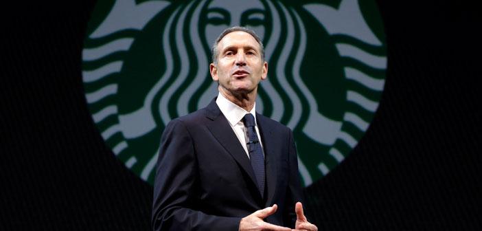 Ces plans d'embaucher plusieurs milliers de réfugiés font partie d'un engagement que le PDG était en Janvier chez Starbucks, Howard Schultz, Il a fait après que le président Donald Trump a approuvé et signé un décret suspendant l'entrée de tous les réfugiés sur le sol américain.