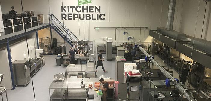 kitcken République: Incubateur pour les entreprises alimentaires qui vise à aider les autres entreprises du secteur en mettant une cuisine centrale et le stockage, offrant des conseils culinaires tour.