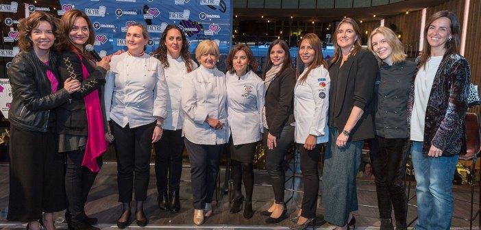 « La gastronomie est féminine », un nouvel événement qui, à l'occasion de la Journée internationale de la femme, Ils ont été proposés pour reconnaître le travail de toutes ces femmes qui vantent la gastronomie espagnole. Au cours de la même compté avec la présence du vice-premier ministre, Soraya Saenz de Santamaria, dont il a souligné le travail et le dévouement de tous les cuisiniers qui combinent la vie personnelle et professionnelle.