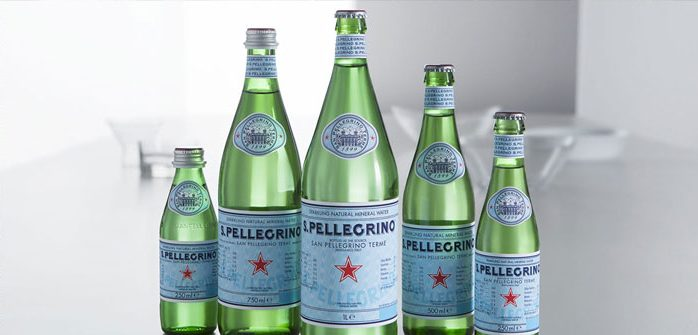 If you knew the bubble time is perfect to whet the appetite and improve digestion, Now this drink trendsetting. Sparkling water will be felt in numerous tables, even flavored with fruits and herbs for a different flavor to most Italian style.