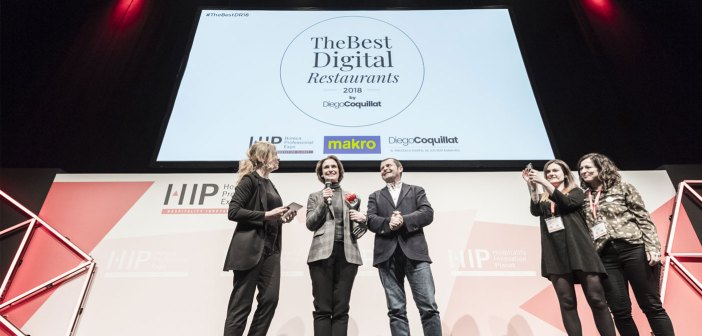 """Starbucks Spain was awarded the prize in the category The Best Digital Restaurant_Group 2018, and Camille Cochy of Moncan -Communications & Digital Marketing Group Director Vips-, considers that this recognition is because """"the daily and constant work of a very talented team that is dumped for years in materializing the clear commitment of the brand to connect with customers, also from the digital environment. """""""