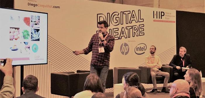 Adrian Mayorga, Médias sociaux Coque Restaurant, et Paul Bellenda, directeur de la création de la société Aplus Gastromarketing, Ils ont expliqué de son expérience, en #TeatroDigital coordonné par @diegocoquillat à # ExpoHip2018