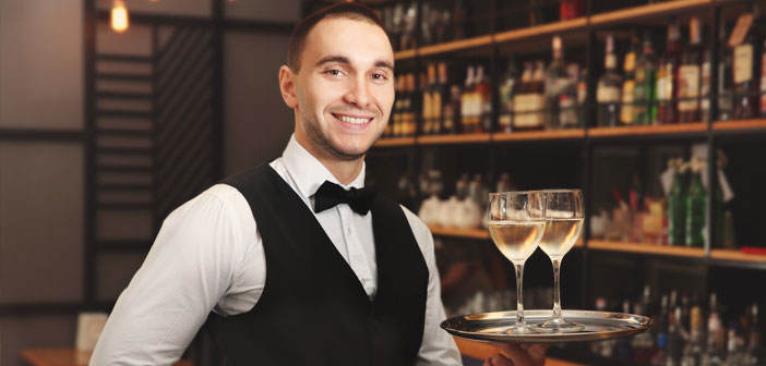 The day 21 May is commemorated in the United States the day / waitresses. This month, we suggest that you give up a little tribute to people who are critical to the functioning of your bar or restaurant.