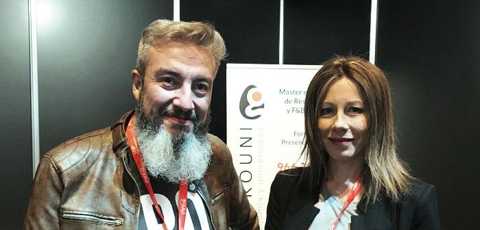 Oskar García y Mari Carmen Mas son Food Fighters en el stand de Gastrouni en ExpoHip 2018