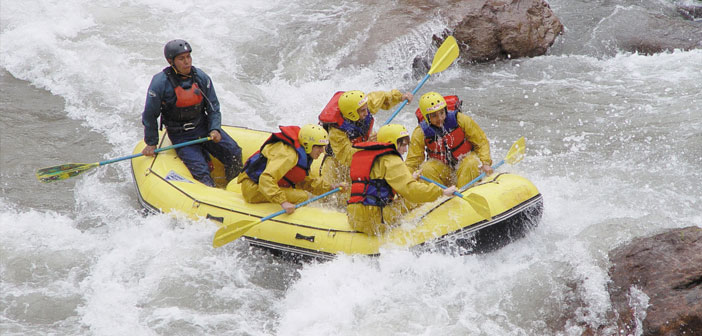 Mendoza has an impressive mountain range with some of the highest peaks in the world. mountain rivers on which we enjoy rafting with friends like Javier Gila and Diego Coquillat.