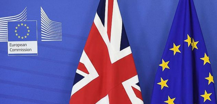 Parmi les différents secteurs qui composent le tissu économique du Royaume-Uni, l'industrie hôtelière et de restauration seront fortement fouettés. Un pourcentage important des travailleurs occupant des postes de moindre responsabilité sont des étrangers qui perdent leur droit de résidence avant la sortie de l'UE déjà il semble imminente.