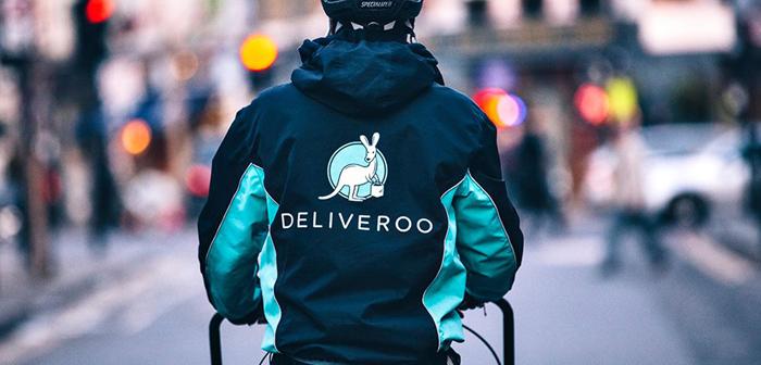 Uber envisage d'acheter pour une Deliveroo 2000 millions de dollars. Uber atteint ainsi améliorer Eats en Europe et préparer IPO 2019.