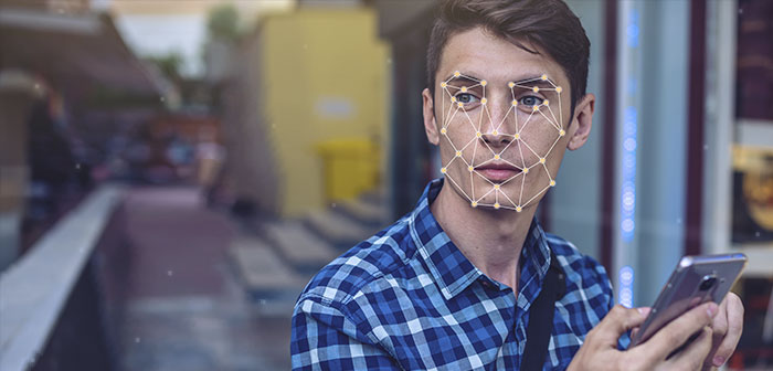 Les nouveaux kiosques avec reconnaissance faciale offre de autopedido recommandations personnalisées à des clients récurrents
