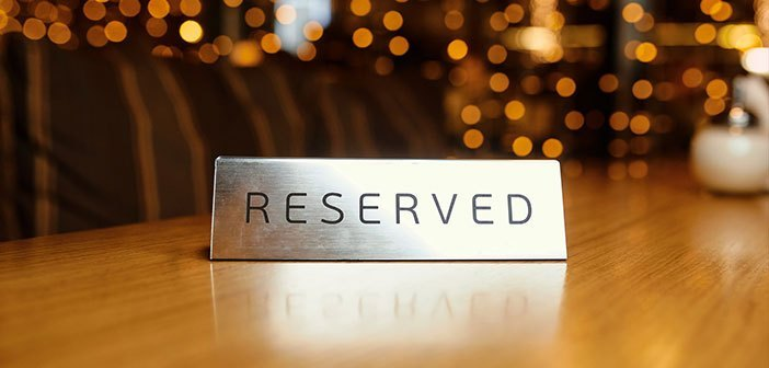 OpenTable apologizes to Book, its direct competitor on bookings for restaurants, a case of unfair competition OpenTable apologizes because an employee made false reservations on the website of the competition