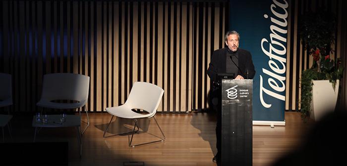 Diego Coquillat au cours de sa conférence au Basque Culinary Center