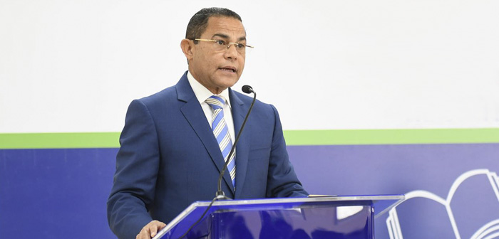 The director general of INFOTEP, Rafael Ovalles