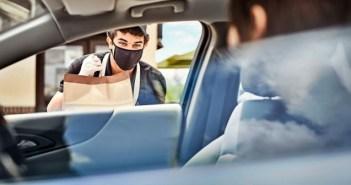 Panera geolocaliza a sus clientes para dinamizar su servicio pickup en acera