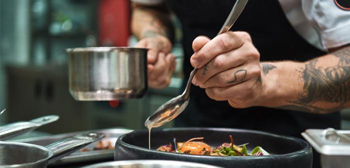 Cómo llevar la experiencia del restaurante al salón de la casa del cliente
