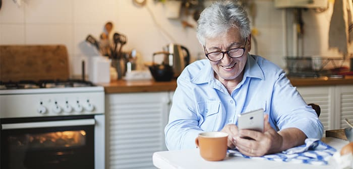 Los pedidos de comida a domicilio se multiplican en los mayores de 65 años por el miedo a ir a restaurantes