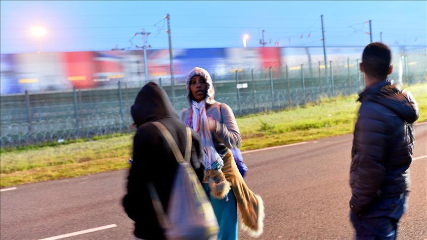 Fransa'da bir mülteci tutukluluk merkezinde intihar etti
