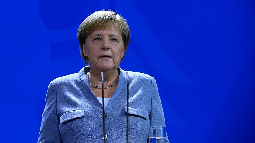 Merkel'den 'ticaret ihtilafları' uyarısı