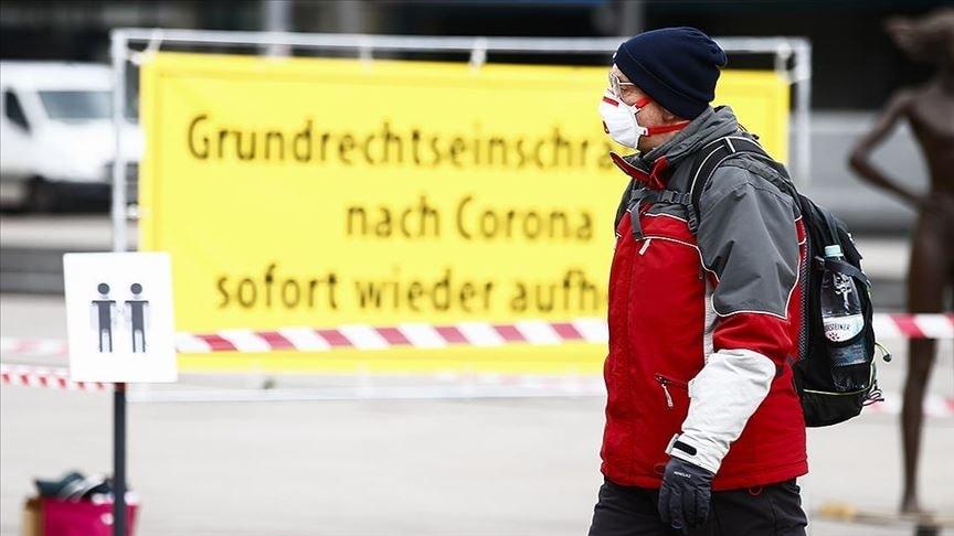 Almanya'da Kovid-19 tedbirlerin süresi yine uzatıldı