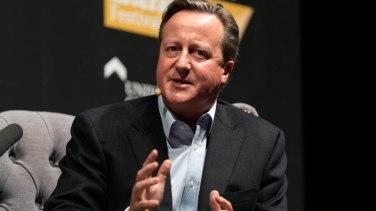 Cameron'a soruşturma önerisi reddedildi
