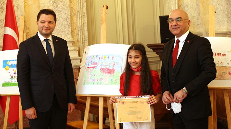 Avrupa'da 23 Nisan Ulusal Egemenlik ve Çocuk Bayramı etkinlikleri düzenlendi
