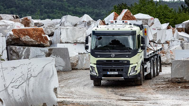Volvo Trucks,yeni Volvo FMX ile en zorlu görevlere hazır