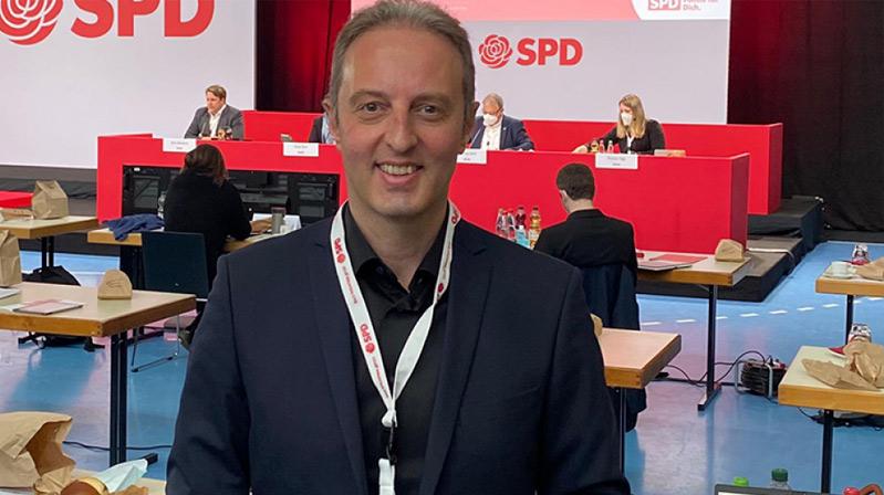 Almanya'da 18 Türk kökenli aday milletvekili seçildi