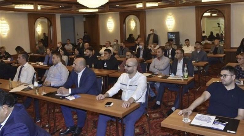 Azerbaycan diasporası Almanya'da bir araya geldi