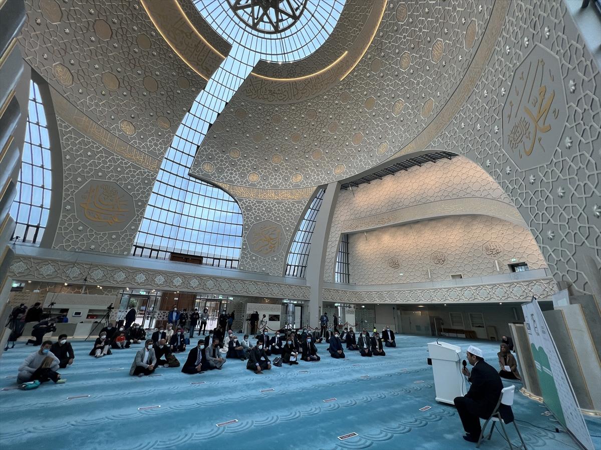 """Almanya'daki camilerde """"Açık Kapı Günü"""" etkinliği düzenlendi"""