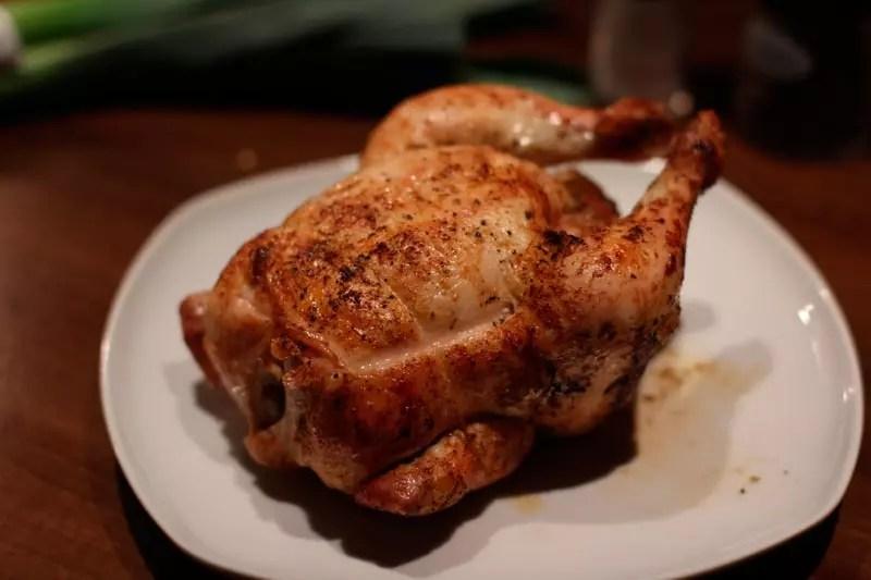 Enders Gasgrill Hähnchen : Knusprige bbq hähnchenschenkel vom grill
