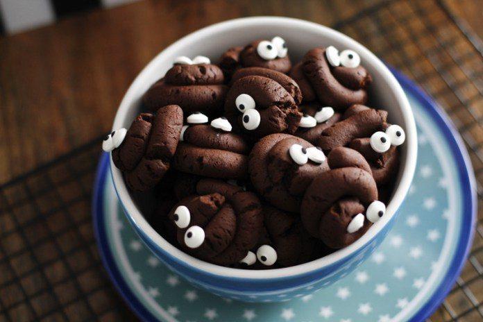 Halloween Snacks & Fingerfood - cover
