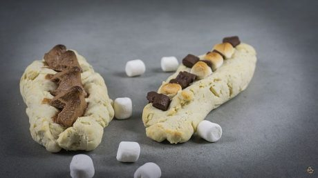 Brotschiffchen-als-Grillbeilage-suess-und-herzhaft-von-keksstaub