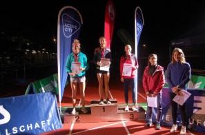 005 Siegertreppchen Frauen (Meisterschaften)