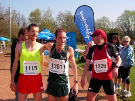 Emmanuel Cuny (3), Matthew Collins (1) und Carsten Hohn (5) 10 km Ziel