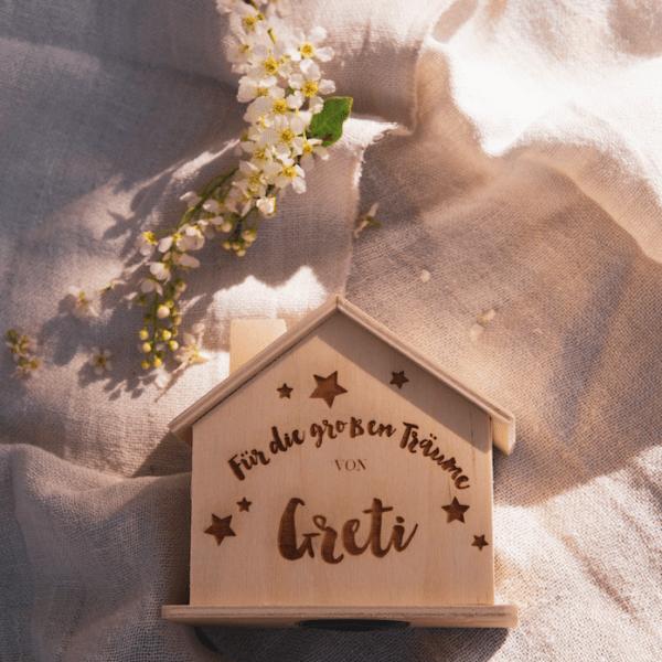 Spardose Haus Naturholz personalisierbar