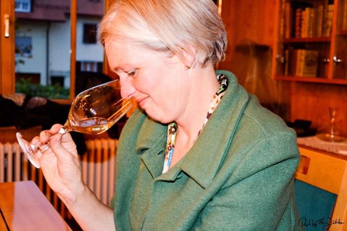 Weinverkostung mit Anita Schmidt in der Weinbaugenossenschaft Hagnau. Foto: Flora Jädicke