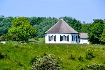 Achteckikge Uferkapelle in Vitt. Foto: Flora Jädicke