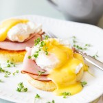 Keto Eggs Benedict With Mug Bread Recipe Diet Doctor