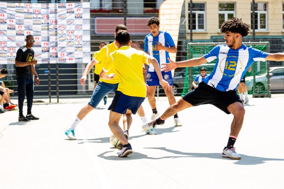 sport reportage antwerp street soccer