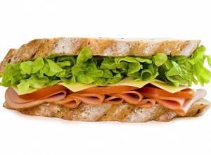 panino dieta pausa pranzo solite schifezze