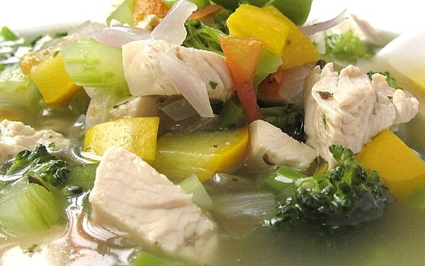 Mixed Veggies Green Bean Chicken Soup (South Beach Phase 1 Recipe)