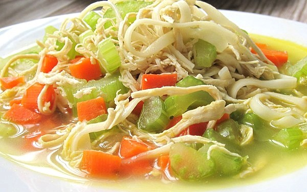 Quick Chicken Veggies Noodle Lunch Soup (The Zone Diet Recipe)