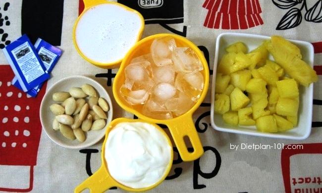pineapple-almondmilk-smoothie-ingr