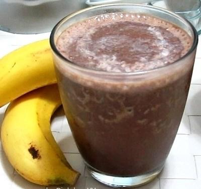 Banana Chocolate Milk Smoothie (Cabbage Soup Diet Recipe)