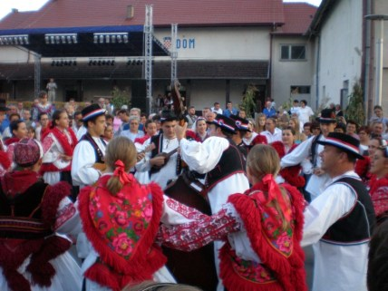 folklor201105081221286