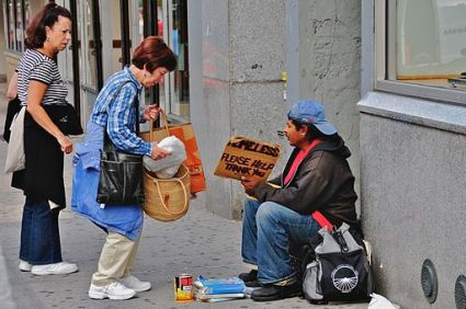 Difference Between Prosocial Behaviour and Altruism