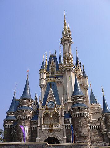 Disneyland California vs Disneyland Tokyo