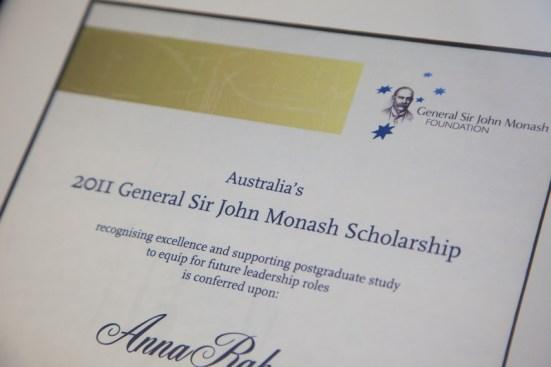 Scholarships vs Grants