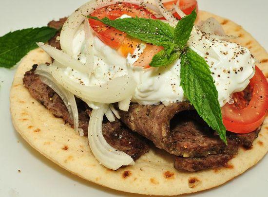 Key Difference - Gyro vs Shawarma