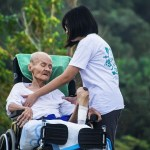 Difference Between Caretaker and Caregiver