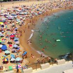 Difference Between Mass Tourism and Alternative Tourism