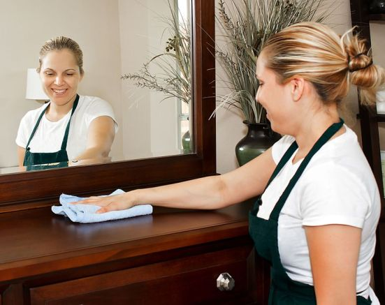 Difference Between Room Attendant and Housekeeper